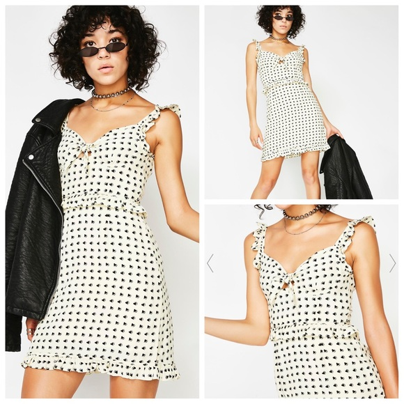 For Love And Lemons Dresses & Skirts - 🎉HP🎉NWPT- For ❤️&🍋 Chic Sweetheart Ruffle Dress